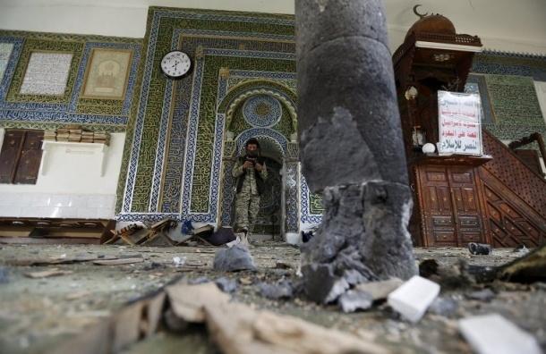 Количество жертв теракта у мечети в Йемене достигло 29 человек