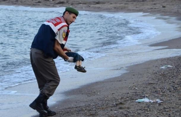 Скандальная фотография Айлана Курди из Сирии появилась в Сети