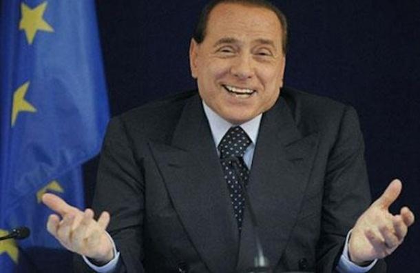 Украина на три года запретила Берлускони въезд в страну