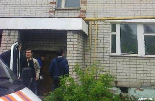 Перекрытия жилого дома обрушились в Омске