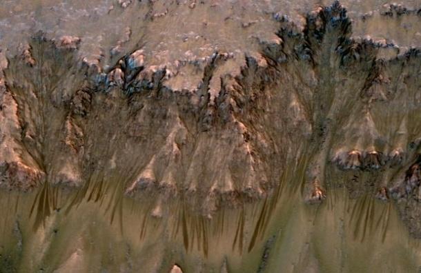 На Марсе нашли соленую воду