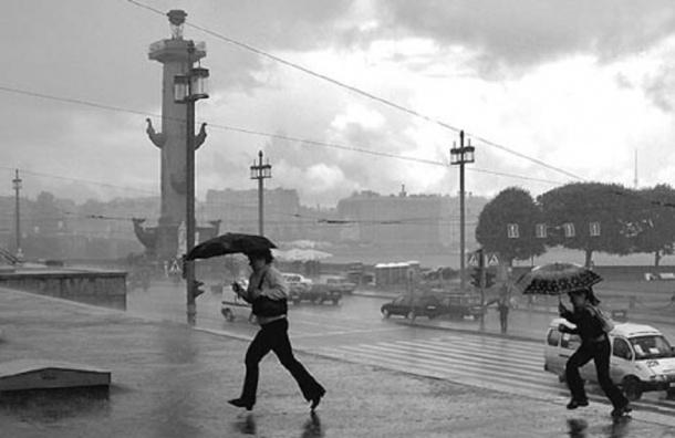 Штормовое предупреждение объявлено в Петербурге с 1 по 3 октября