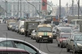Вооруженные люди напали на инкассаторский броневик в Приморском районе