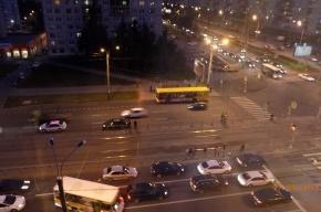 Очевидцы: мужчину сбили на Светлановском проспекте