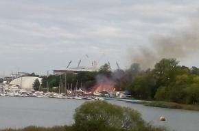 Спасатели потушили пожар в здании бывшего клуба ХХХХ