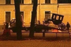 Бесхозную карету эвакуировали в Петербурге