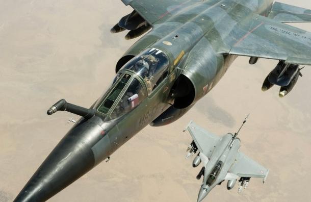 Французские самолеты впервые атаковали позиции