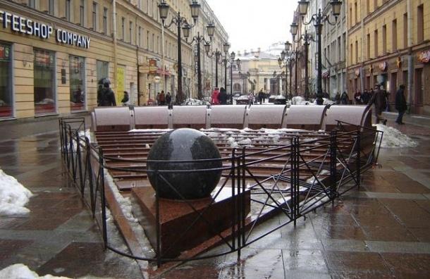 Фонтан «Шар» на Малой Садовой будут ремонтировать
