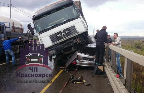 Страшная авария на «путинском» мосту унесла жизнь молодой женщины