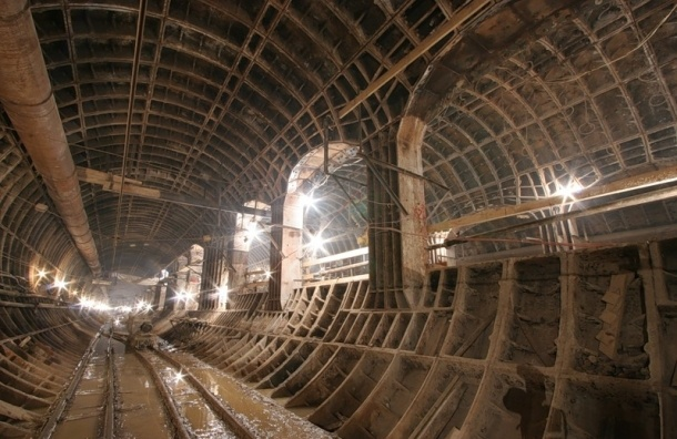 Смольный готов построить долгожданную шестую линию метро