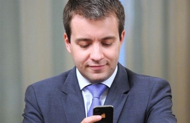 Никифоров пообещал всем россиянам отечественные планшеты