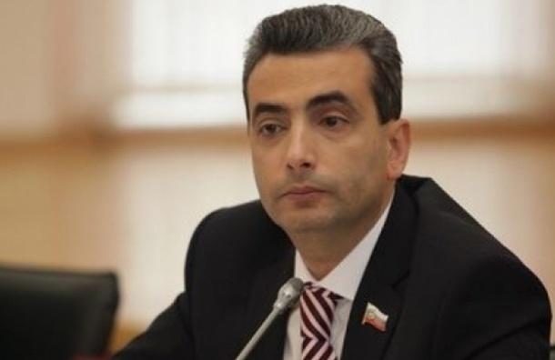 Псковский суд отказался вернуть мандат Шлосбергу