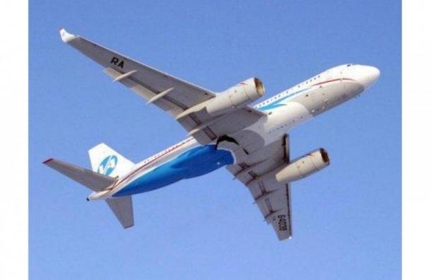 Самолет, следовавший в Петербург, пропал с радаров