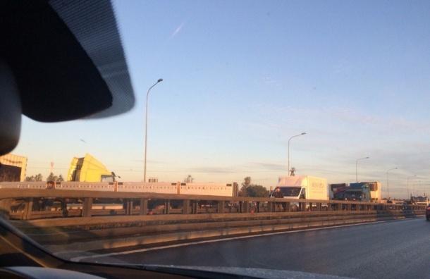 Пять аварий подряд произошло на Софийской улице
