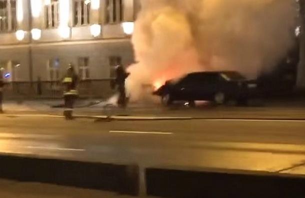 Авария на Крымском мосту: страшное ДТП с пожаром зафиксировали камеры