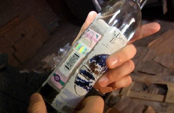 Тюльпанов предлагает ужесточить наказание за подделку акцизных марок на алкоголь и табак