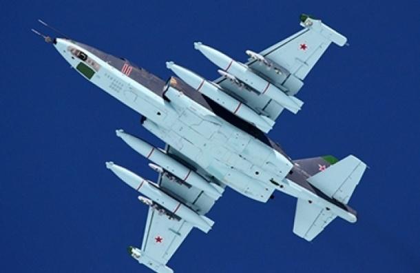 Российские ВКС разбомбили три укрепленных пункта ИГ