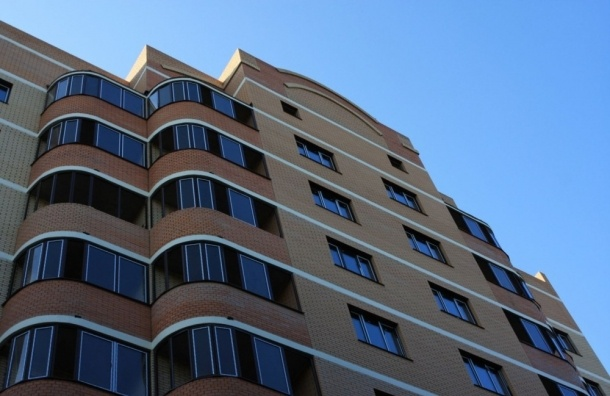 Комитет по жилищной политике поддержал запрет на размещение хостелов в многоквартирных домах