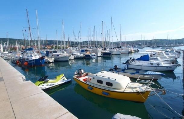 Правительство засекретит данные о владельцах вилл и яхт