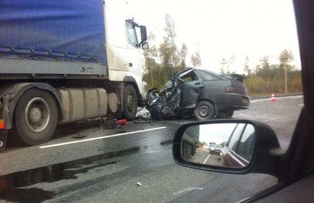 Жуткая авария произошла на Мурманском шоссе