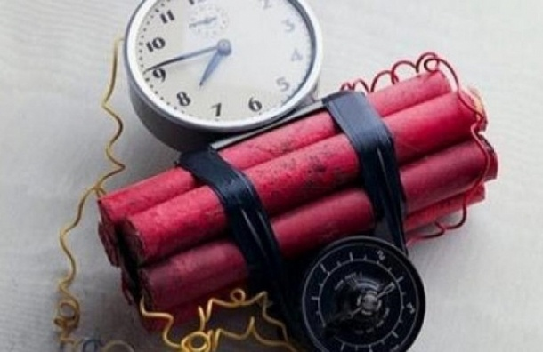 Бомба взорвалась в доме на проспекте Художников