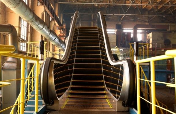 Тело умершего оператора завода «Эскалатор» нашли сотрудники предприятия