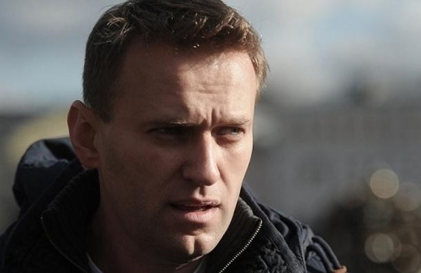 Навального оштрафовали на 2,5 тыс. рублей за отказ пускать судебных приставов