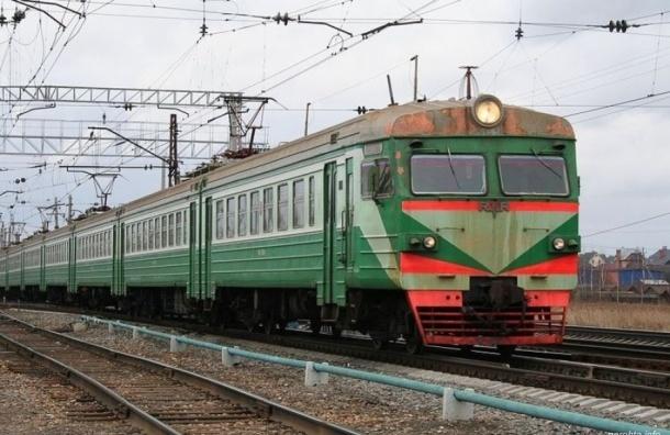 Электропоезда из Сестрорецка задерживаются из-за неисправности