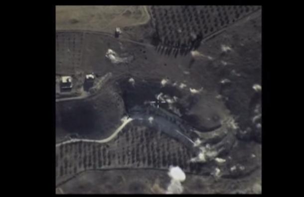 ВС России заявили об уничтожении штаба управления ИГИЛ
