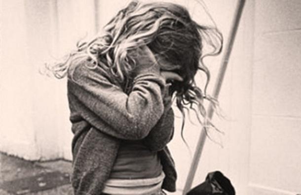 Школьницу изнасиловали в Гатчинском районе