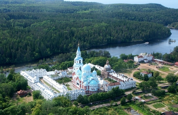 Жители Валаама просят Путина защитить их от выселения по инициативе РПЦ