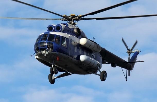 Вертолет с 22 вахтовиками совершил жесткую посадку в Томской области