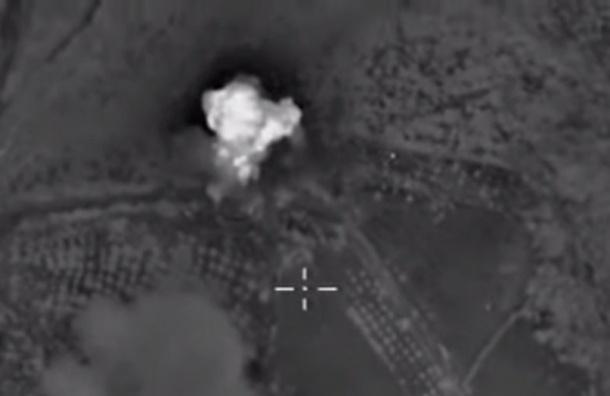 Крупный лагерь подготовки боевиков уничтожили самолеты ВС РФ