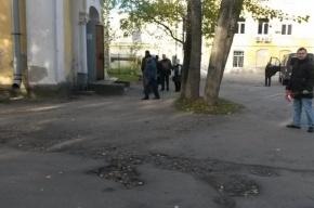 Прощание с убитым дольщиком ГК «Город» Константином Андреевым в Петергофе