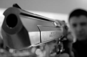 Ненормальный с пистолетом пытался обстрелять полицейских в Приморском районе