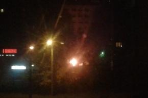 Три машины сгорели на Серебристом бульваре