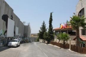 Палестинец протаранил на автомобиле группу израильских солдат