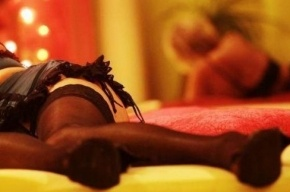 Бордель с иностранными проститутками закрыли в Калининском районе