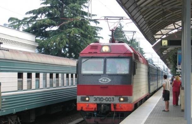 Помощник машиниста хотел взорвать поезд в Краснодарском крае и уехать в Сирию