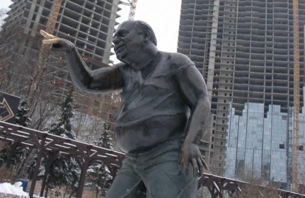 Памятник Леонову украли и сдали на металлолом