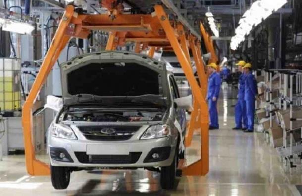 АвтоВАЗ приостановил сборку Renault и Nissan из-за проблем с комплектующими
