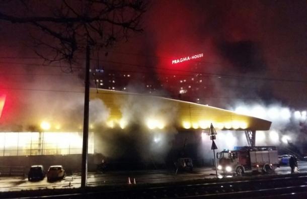 Крупный пожар в «ОКее» на Выборгском шоссе
