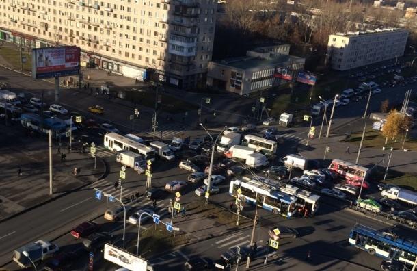 Отключение света в Петербурге, перестали работать порядка 60 светофоров