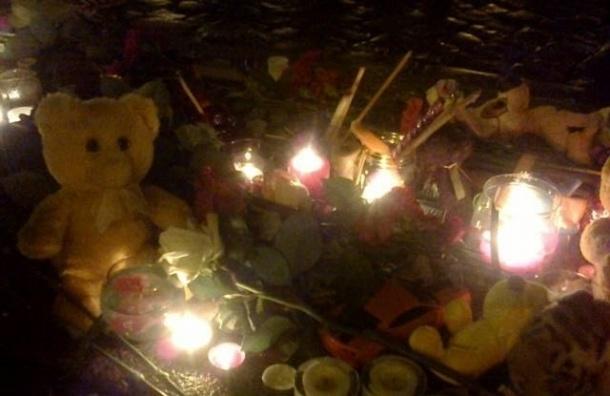 Мемориал жертвам А321 перевезли с Дворцовой к крематорию на Шафировский