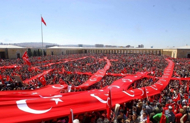 Итальянский сенатор: Турция вступила в войну на стороне ИГИЛ