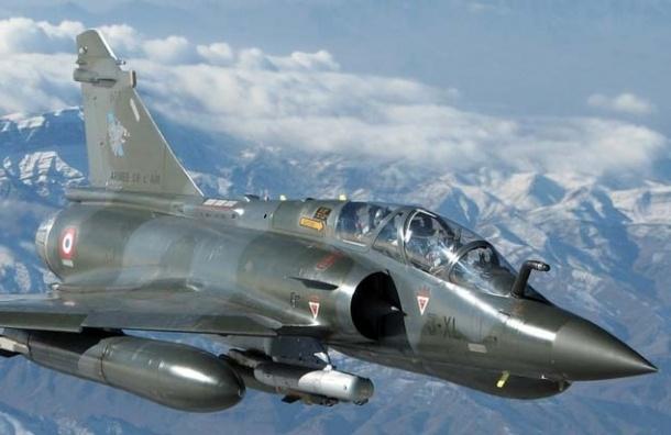 Французские ВВС атаковали объекты ИГИЛ