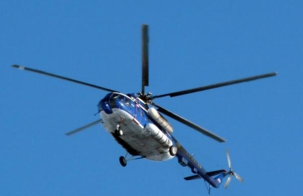 Вертолет в ХМАО совершил жесткую посадку: известно о четырех погибших