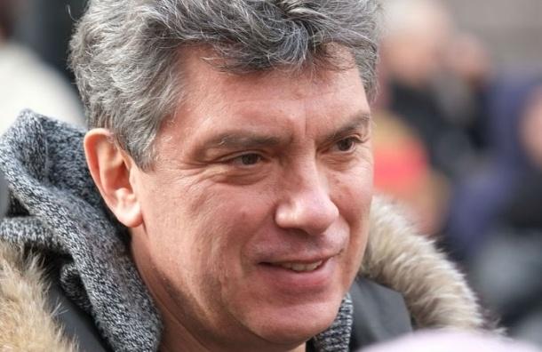 Обвиняемому в организации убийства Бориса Немцова предъявили заочное обвинение