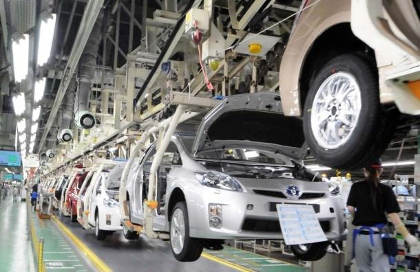 Завод Toyota в Петербурге приостановил работу вслед за Ford