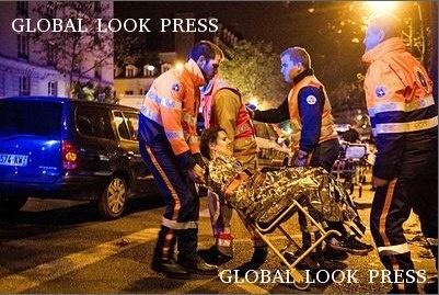 Теракт в Париже фото: Globallookpress: Фото